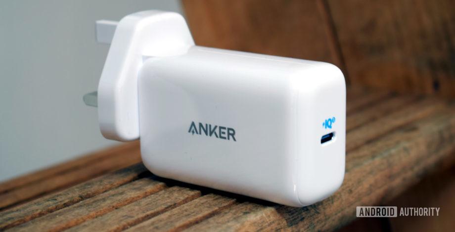 Revisión de Anker PowerPort III Pod: 65W de energía portátil para teléfonos y computadoras portátiles
