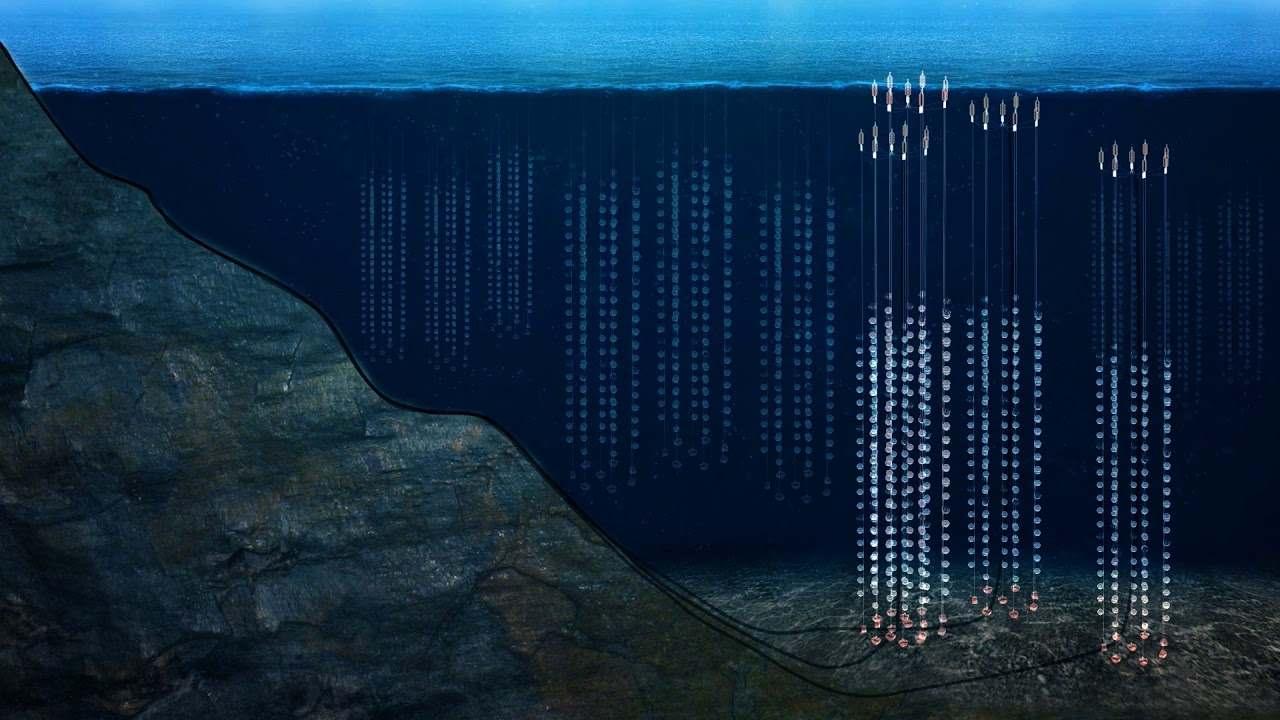 Bajo el lago más profundo del mundo, el telescopio Baikal se ensambla para cazar partículas fantasmas